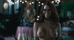 Simona Fusco nude topless Rachelle Lefevre hot not nude Jennifer Walcott nude et. - The Pool Boys (2009) hd1080p BluRay (12)