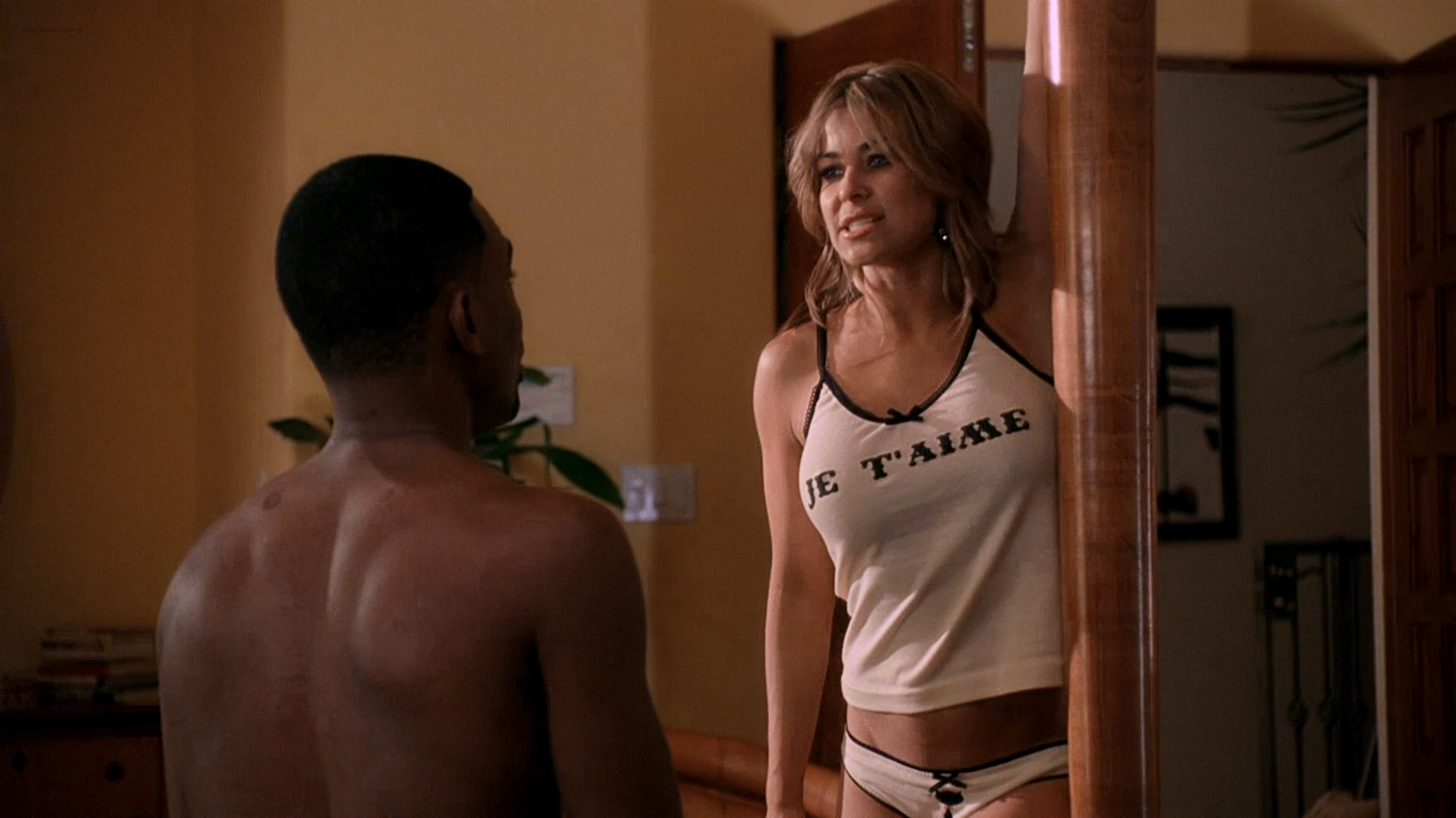 Vivica A. Fox hot in lingerie and Carmen Electra hot panties - Getting Played (2006) hd1080p Web-DL (16)