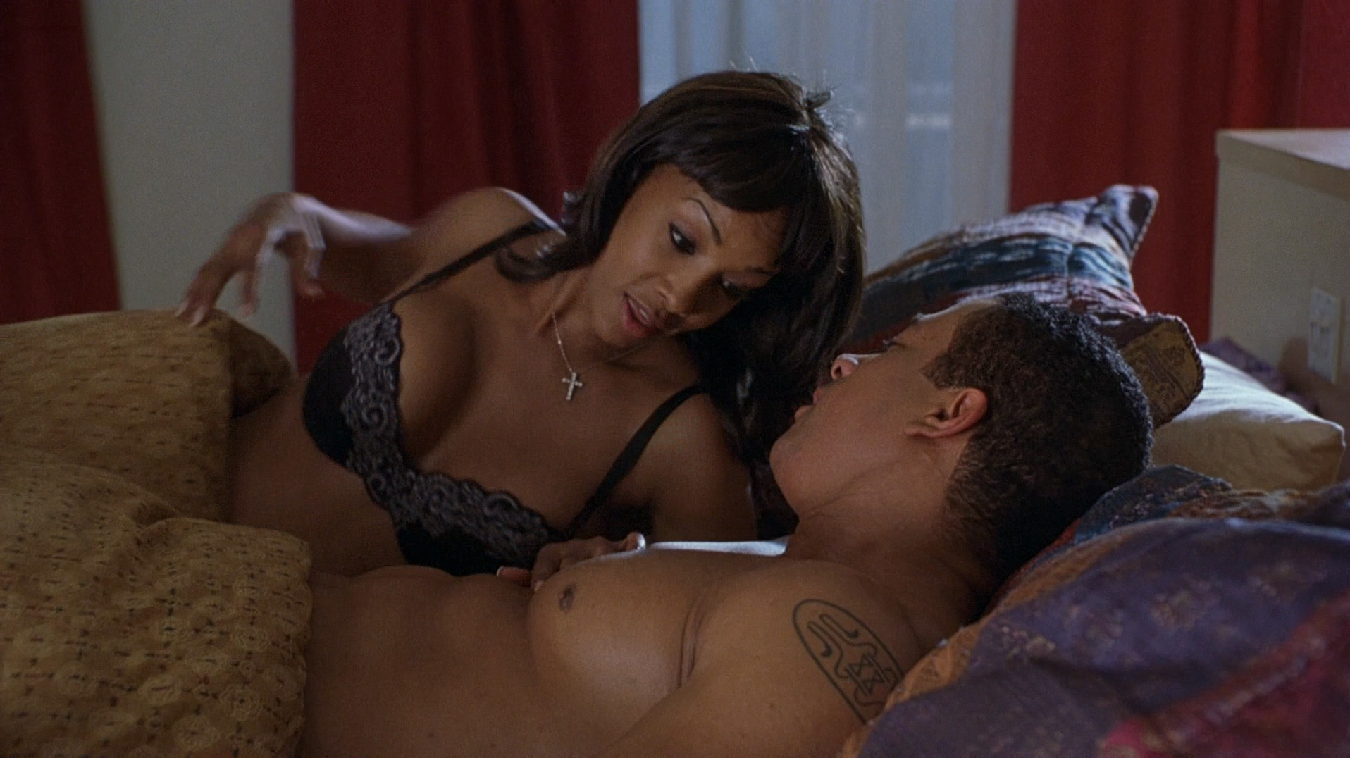 Vivica A. Fox hot in lingerie and Carmen Electra hot panties - Getting Played (2006) hd1080p Web-DL (11)