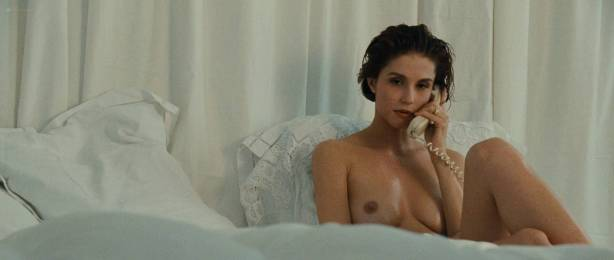 Alessandra Martines nude topless - Tout ca pour ca (FR-1993) HD 1080p BluRay (9)