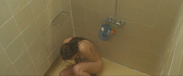 Bijou Phillips nude in shower and nude breastfeeding - It's Alive (2008) hd1080p (3)