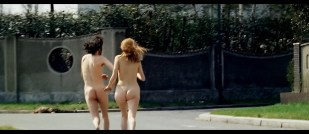 Britt Ekland butt naked and running nude - The Year of the Cannibals (1970) HD 1080p BluRay