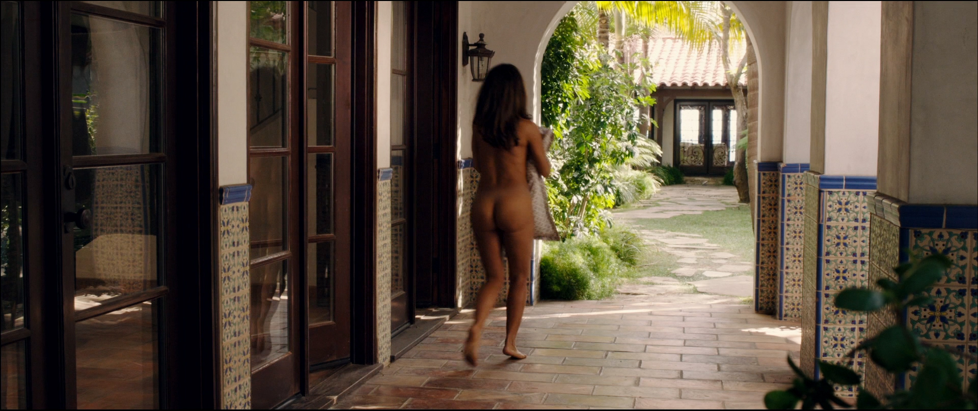 Salma Hayek nude butt Jessica Alba hot bikini and Lindsey Sporrer nude butt - Some Kind Of Beautiful (2014) hd1080p BluRay (3)