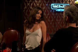 Charlize Theron hot Penélope Cruz hot and sexy – Waking Up in Reno (2002) hd720p