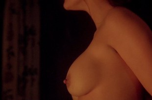 Demi Moore nude and Lisa Joliffe-Andoh nude – The Scarlet Letter (1995) hd720p Web-Dl