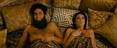 Megan Fox hot Anna Faris hot others nude boobs - The Dictator (2012) HD 1080p BluRay (12)