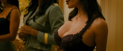 Megan Fox hot Anna Faris hot others nude boobs - The Dictator (2012) HD 1080p BluRay (8)