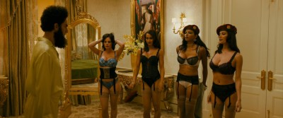 Megan Fox hot Anna Faris hot others nude boobs - The Dictator (2012) HD 1080p BluRay (7)