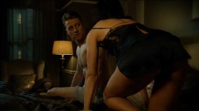 Morena Baccarin hot lingerie and Jessica Lucas hot - Gotham S02E01 (2015) HD 720-1080p (6)