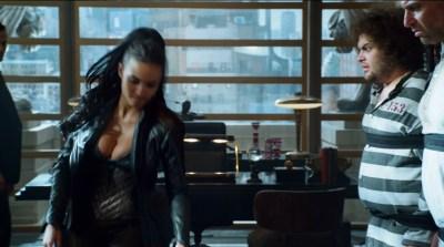 Morena Baccarin hot lingerie and Jessica Lucas hot - Gotham S02E01 (2015) HD 720-1080p (4)