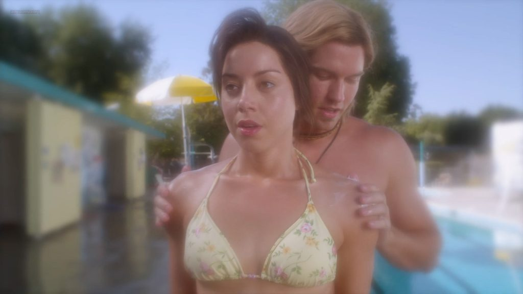 Aubrey Plaza hot sexy and funny and Rachel Bilson hot - The To Do List (2014) HD 1080p (14)