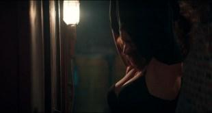 Emilia Clarke hot - Terminator Genisys (2015) HD 1080p (9)