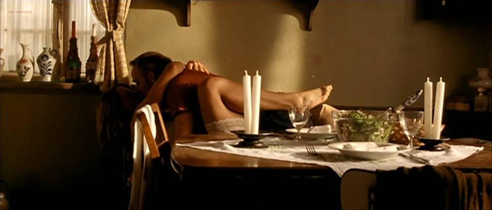 Jördis Triebel nude full frontal - Emma's Glück (DE-2006) (5)