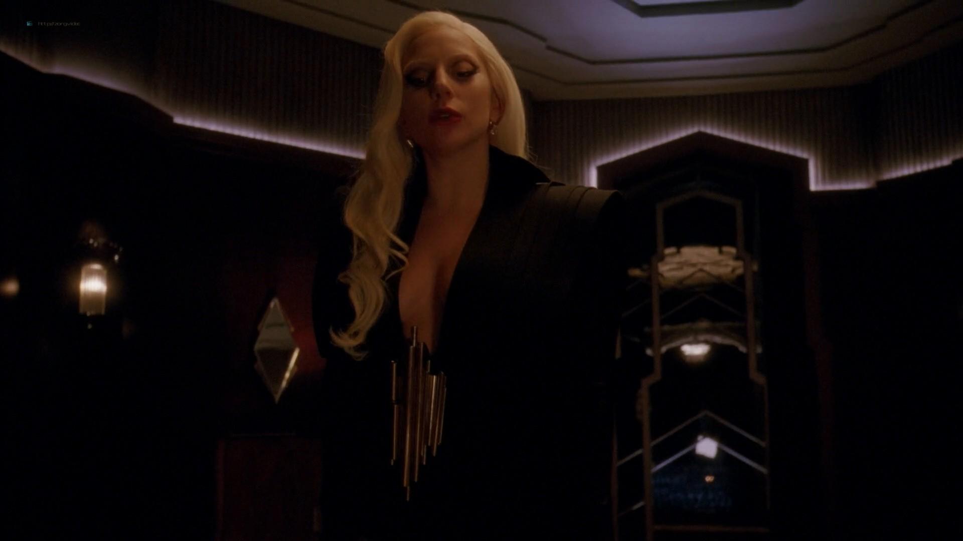 Lady Gaga and Angela Bassett hot lesbian sex - American Horror Story (2015) s5e3 HD 1080p (13)
