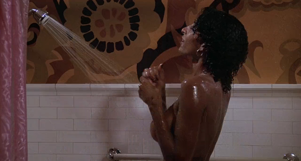Pam Grier nude in shower and Rosalind Miles nude too - Friday Foster (1975) HD 720p BluRay (7)