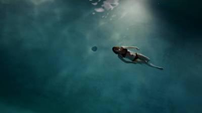 Ruth Wilson hot sex and sexy in bikini – The Affair (2015) s2e3 HD 720p (1)