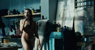Agnes Delachair nude topless and Dorothée Brière nude bush and butt - A l'aveugle (FR-2012) HD 1080p (21)