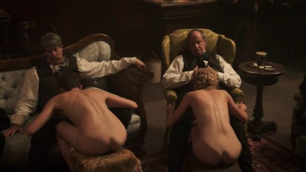 Alicja Bachleda nude topless and Yvonne Strahovski hot - Edge (2015) HD 1080p (7)