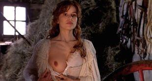 Elena Anaya nude topless Elvira Mínguez nude sex - El Invierno De Las Anjanas (ES-2000) (11)