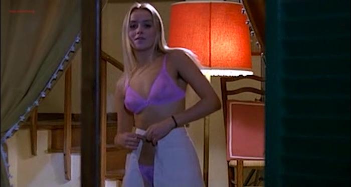 Gloria Guida nude bush and Anita Sanders nude butt - Quella Eta Maliziosa (IT-1975) (9)