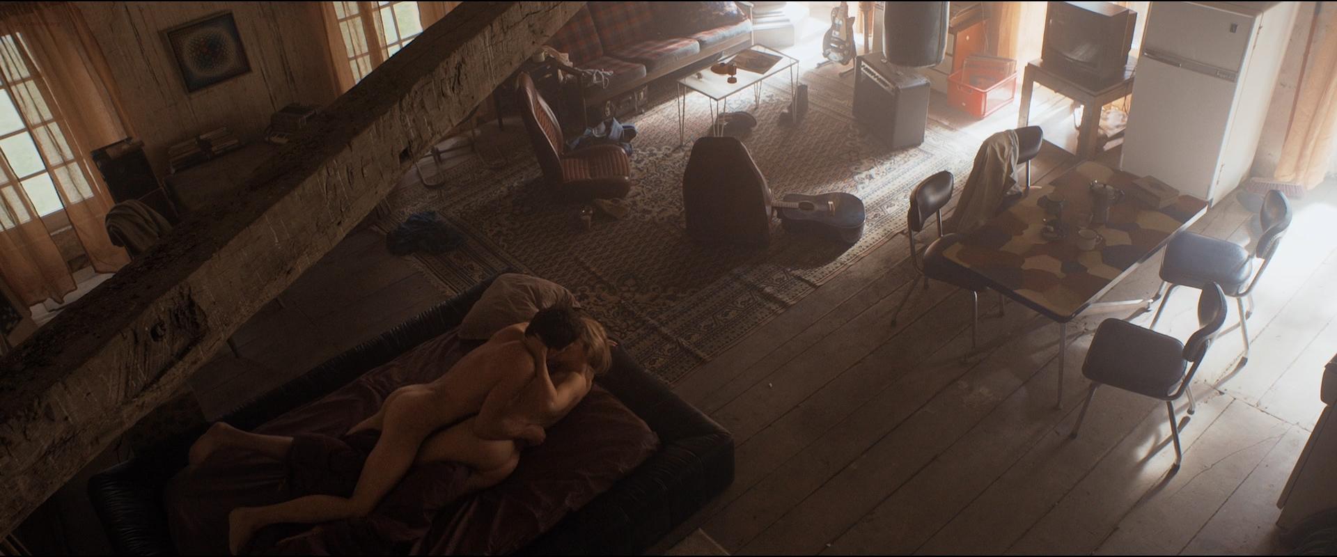 Loes Haverkort nude hot sex - Rendez-Vous (NL-2015) HD 1080p BluRay (14)