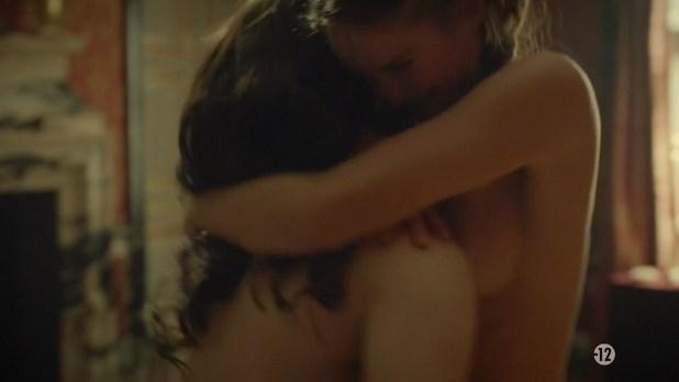 Noémie Schmidt nude topless and sex - Versailles (FR-2015) s1e3-4 HDTV 720p (3)