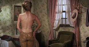 Raquel Welch hot butt and wet see through - Hannie Caulder (1972) HD 1080p BluRay (1)