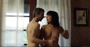 Vimala Pons nude topless and butt - Vincent n'a pas d'écailles (FR-2014)