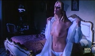 Gloria Guida nude topless Annamaria Clementi and Paola Senatore all nude - L'infermiera di notte (IT-1979)