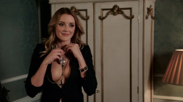 Keeley Hazell hot and sexy, Alexandra Park and Sarah Dumont hot - The Royals (2015) s2e6 HD 1080p WEB-DL (15)