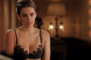 Keeley Hazell hot in black lingerie – The Royals (2015) s2e4 HD 720-1080p