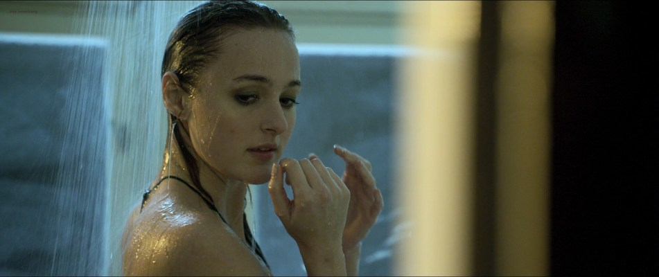 Renate Reinsve nude brief butt and side boob in the shower - Villmark 2 (NO-2015) HD 1080p BluRay (1)
