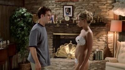 Ali Larter nude but covered, Tonie Perensky and Bristi Havins nude too – Varsity Blues (1999) HD 1080p BluRay (18)