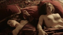 Amira Casar nude topless and sex - Versailles (FR-2015) s01e07 HDTV 1080p (8)