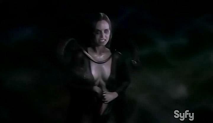 Eliza Dushku hot and wet - Open Graves (2009) (9)