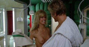 Farrah Fawcett nude brief topless and very hot - Saturn 3 (1980) HD 1080p BluRay (11)