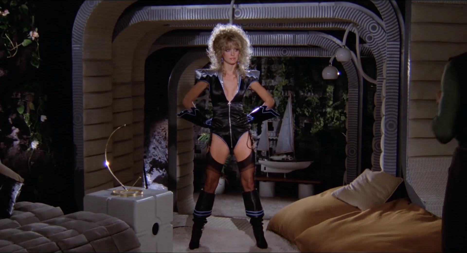 Farrah Fawcett Nude Brief Topless And Very Hot - Saturn 3 -7250