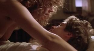 Susan Sarandon nude topless and hot sex - White Palace (1990)