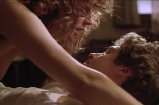 Susan Sarandon nude topless and hot sex - White Palace (1990). Susan Sarandon nude topless in one hot sex scene, and hot nude in few others. Great movie. (7)