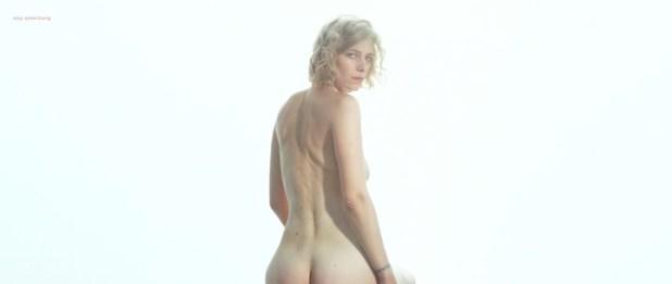 Céline Sallette nude butt Roxane Arnal nude topless sex threesome - Les rois du monde (FR-2015) (10)