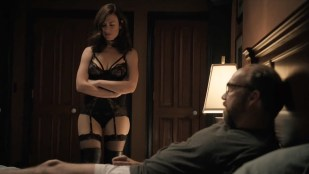 Maggie Siff hot lingerie and Malin Akerman hot and leggy – Billions (2016) S01E03 HDTV 720p
