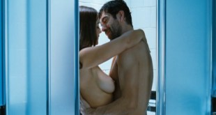 Monica Bellucci nude in shower Kseniya Rappoport nude sex - L'uomo che ama (2008) HD 720p (3)