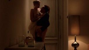 Elizabeth Debicki nude boob – The Night Manager (2016) s1e4 HD 1080p (5)