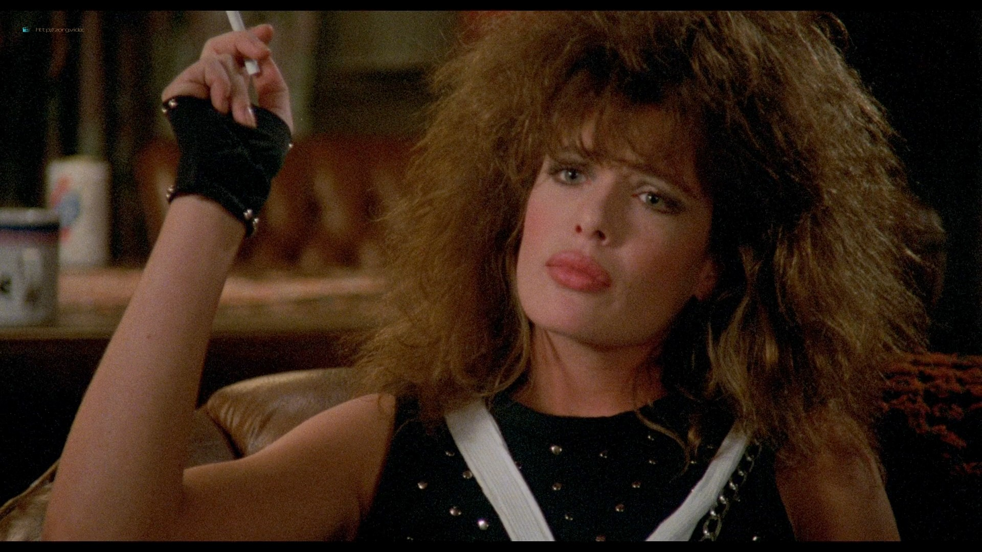 Kelly LeBrock hot and sexy - Weird Science (1985) HD 1080p BluRay (8)