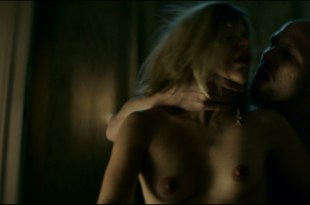 Veerle Baetens nude topless and sex – D'Ardennen (BE-2015) HD 1080p BluRay