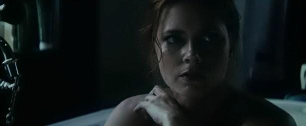 Amy Adams hot boobs in the tube - Batman v Superman Dawn of Justice (2016) 720 (3)