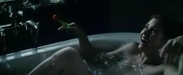 Amy Adams hot boobs in the tube - Batman v Superman Dawn of Justice (2016) 720 (7)