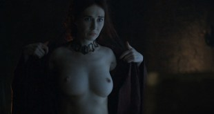 Carice van Houten nude topless and butt - Game Of Thrones (2016) s06e01 HD 1080p (1)