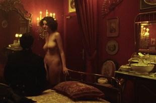 Géraldine Pailhas nude sex and Maud Le Guenedal nude full frontal – La chambre des officiers (FR-2001) HD 720p