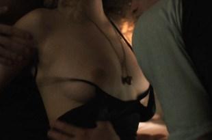 Juno Temple nude sex threesome and Olivia Wilde hot – Vinyl (2016) s1e9 HDTV 720p